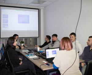 студенты и преподаватели курсов в  Москве